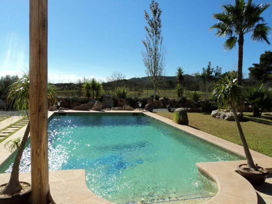 Ruim Huizen te koop in Ibiza