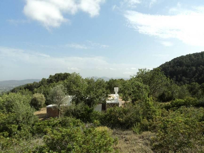 Traditionele boerderij in Ibiza te koop