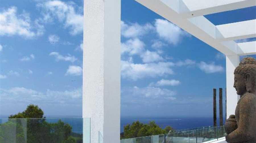 Prachtige luxe villa in een moderne stijl in Las Salinas