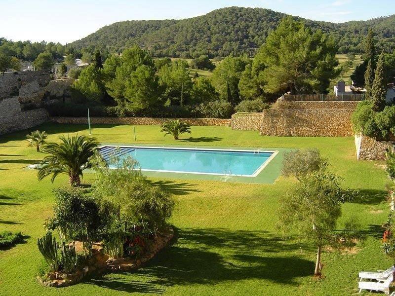 Nice 3 slaapkamer duplex penthouse te koop in Roca Llisa