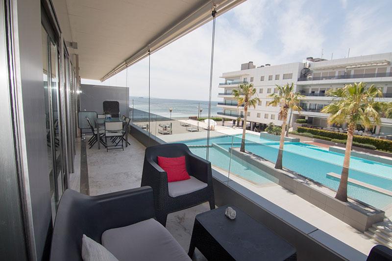 mooie luxe appartement 3 slaapkamers in de buurt van Playa d'en Bossa te koop