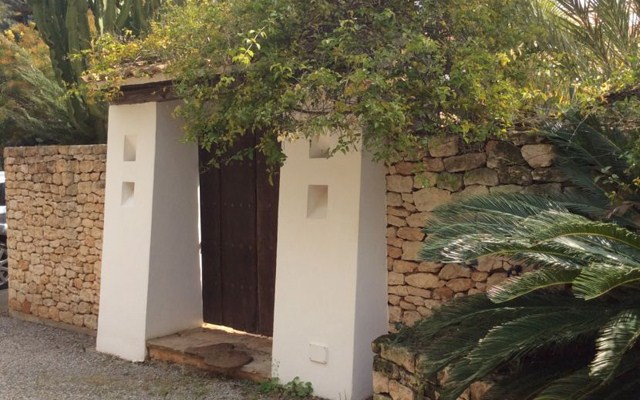 Eigen moderne villa met gastenverblijf in San Carlos