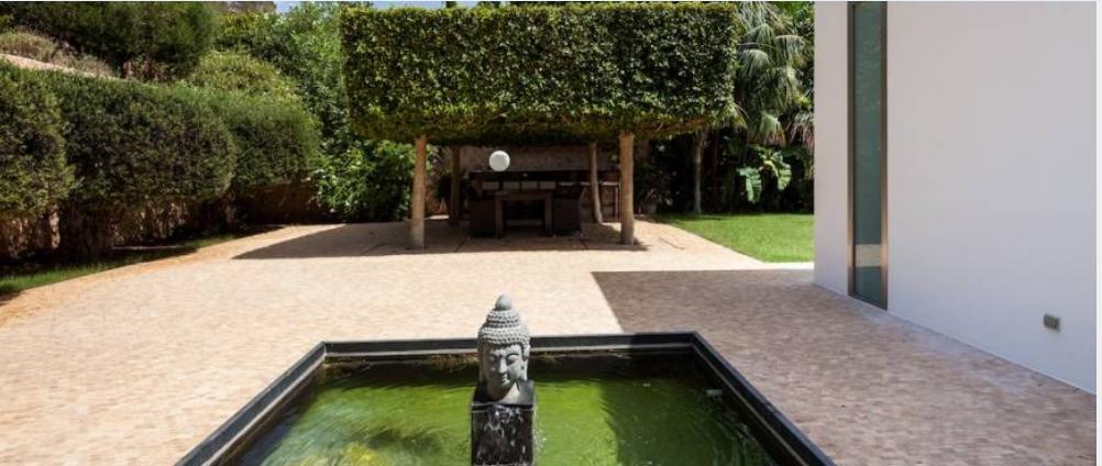 Luxe villa met prachtig uitzicht in Can Rimbau