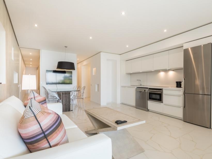 Modern appartement te koop in Ibiza jachthavens met super uitzicht op de zee