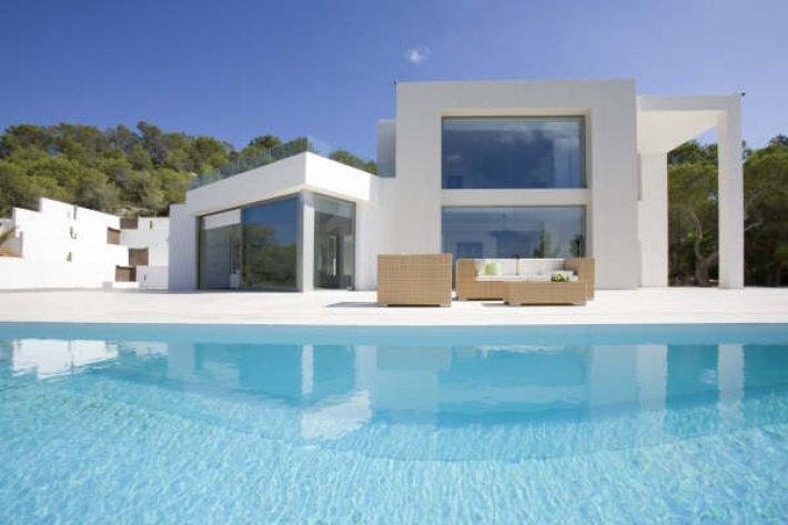 Luxe villa in de buurt van San José te koop