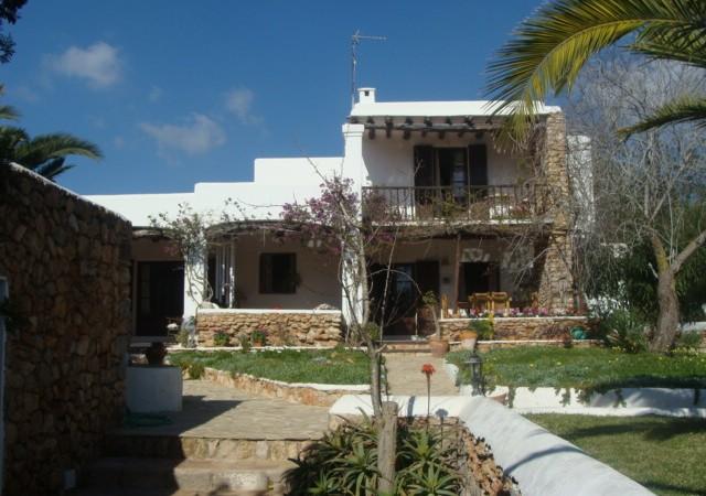 Prachtig zes slaapkamers Villa te koop in San José