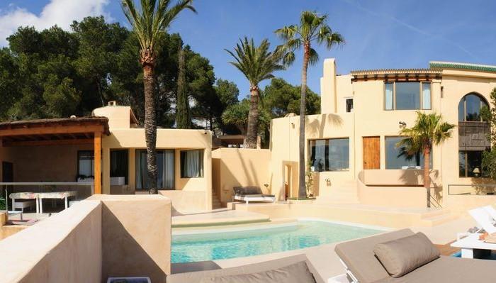 Koop een villa in Roca Llisa Ibiza