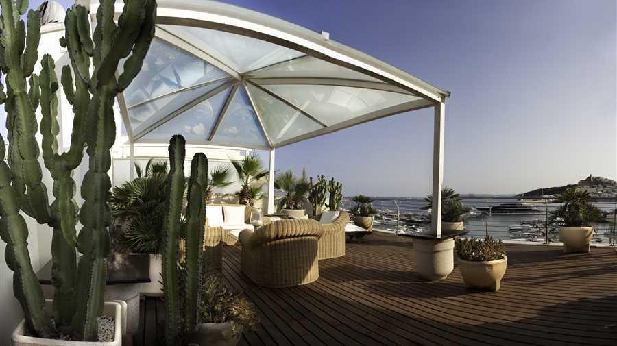 Mooie penthouse te koop met 270 ° panoramisch uitzicht