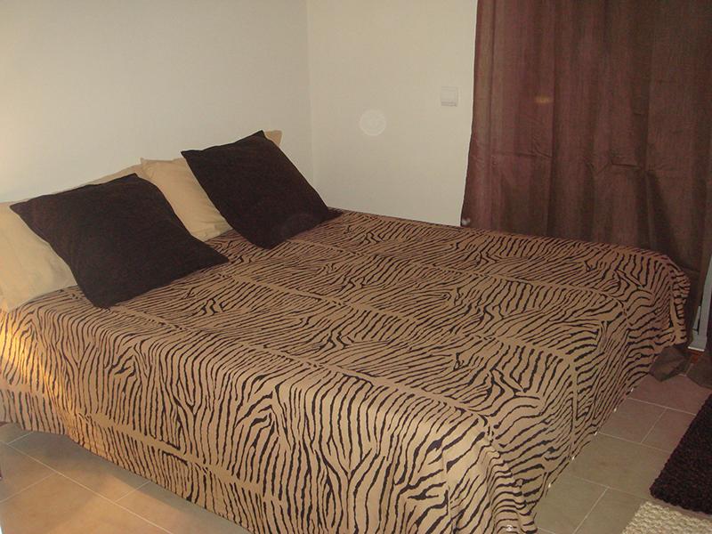 Drie slaapkamers Flats voor Vedanta in Jezus