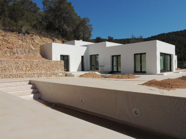Zeer luxe villa in Cala Bassa te koop