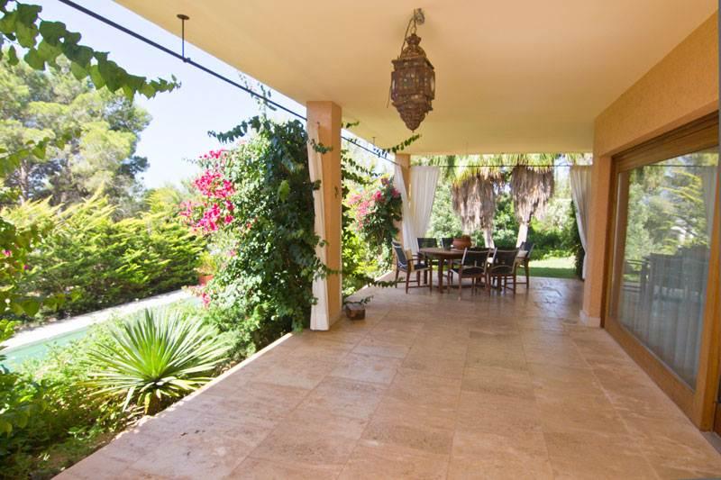 Luxe villa met 2 slaapkamers te koop Can Furnet