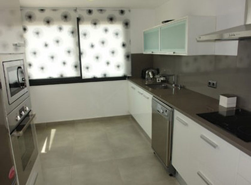 Drie slaapkamer appartement te koop in Marina Botafoch