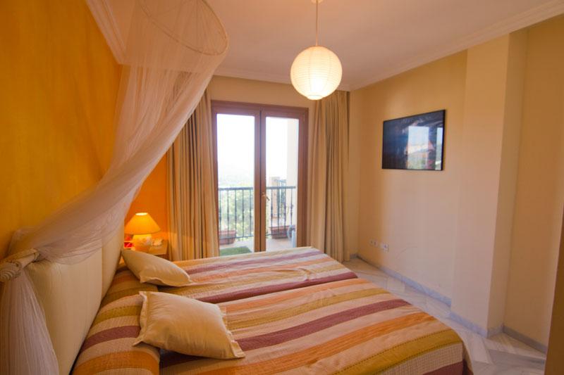 Dit mooie 2 slaapkamer appartement te koop in Can Furnet