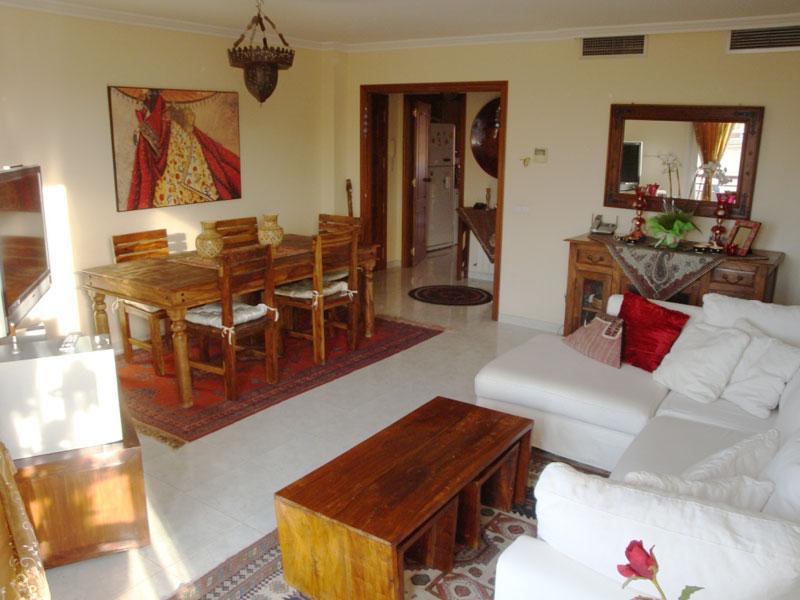 Te koop - 4 slaapkamer appartement in het centrum van Ibiza