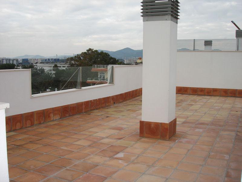Twee slaapkamer Penthouse te koop in Talamanca