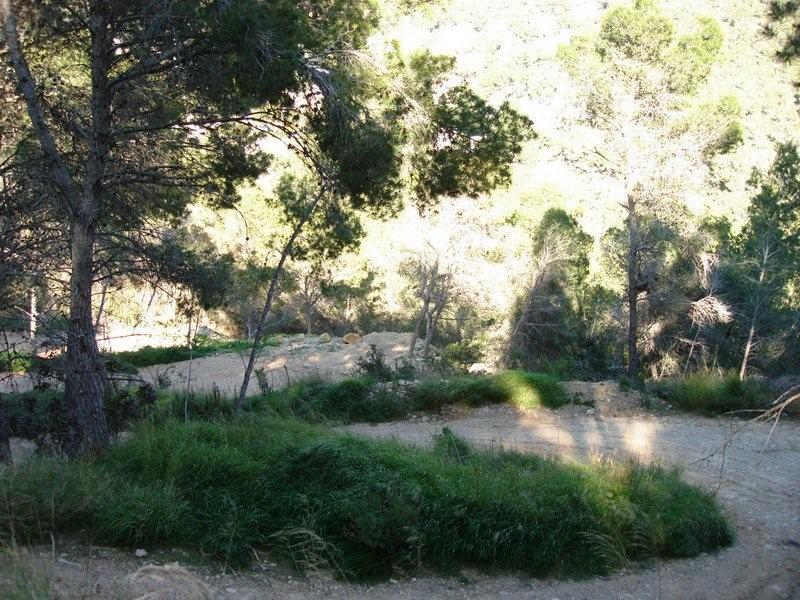 Groot perceel in Cala Llonga, Santa Eulalia te koop