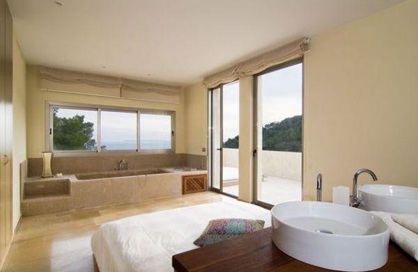 Minimalistische Villa luxe vijf slaapkamer Roca Llisa te koop