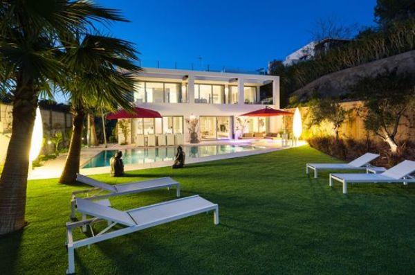 Luxe villa met 8 slaapkamers in Can Pep Simo