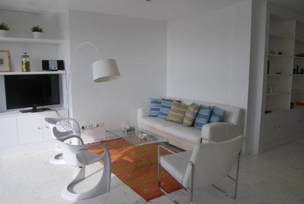 Mooie drie slaapkamer duplex Kan Pep Simo koop