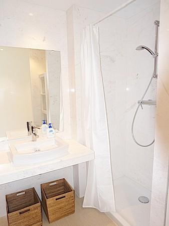 Nieuwe luxe appartement met twee slaapkamers in Playa d'en Bossa te koop
