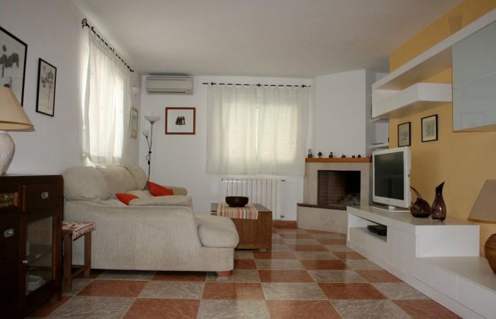 Het verkoopt groot huis op de weg naar Sa Caleta
