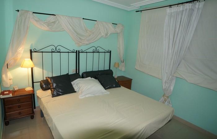 Gezellig drie slaapkamer appartement in Marina Botafoch de verkoop