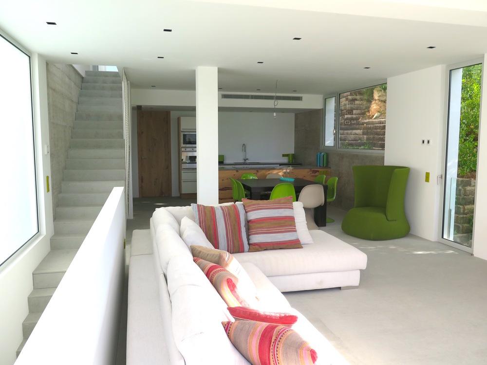 Nieuw huis met uitzicht op strand van Cala Llonga