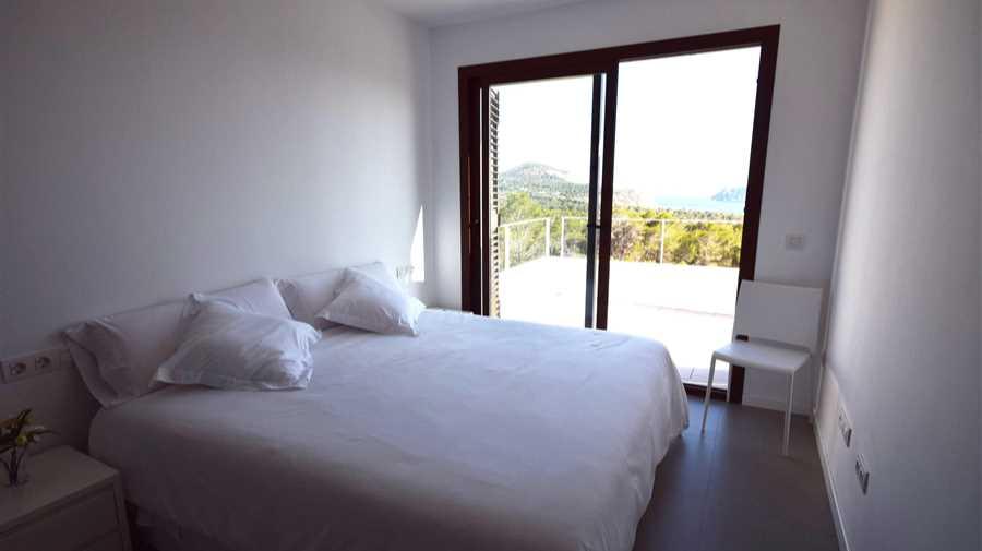 Modern huis met een prachtig uitzicht op Es Vedra