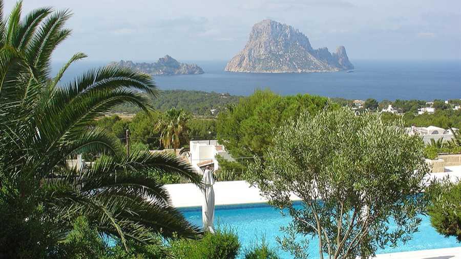 Villa met prachtig uitzicht op zee in Carla Carbo