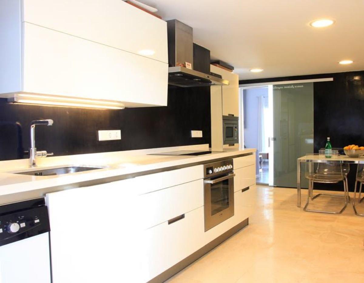 Moderne villa in San Rafael te koop voor een goede prijs