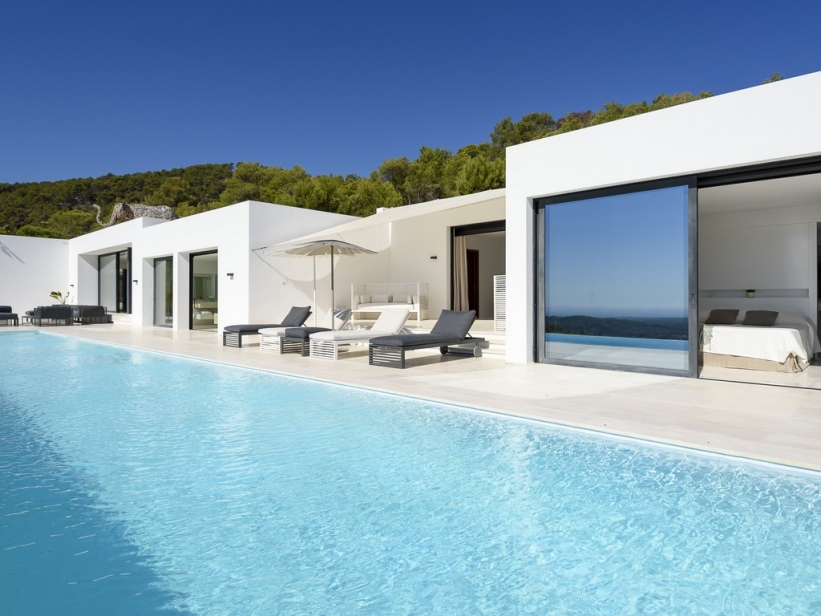 Luxe villa op 250.000 m2 in Morna Valley te koop