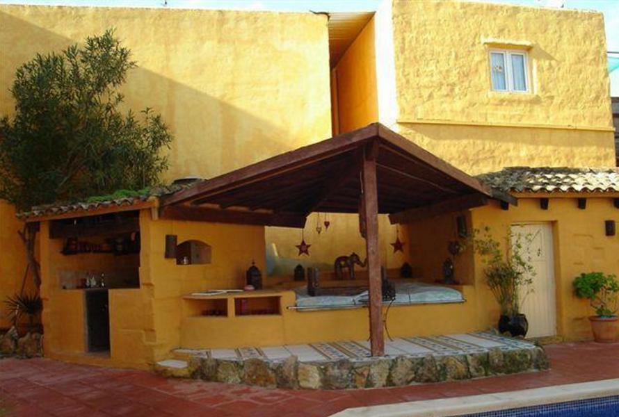 Hostal in de buurt van Ibiza met verhuurmogelijkheden