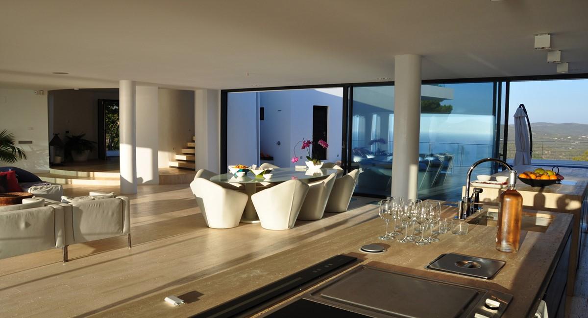 Exclusiv luxe villa met uitzicht op amzaing eerste lijn