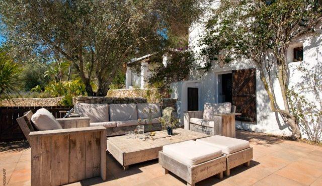 Mooie Finca volledig gerenoveerd in San Jose te koop