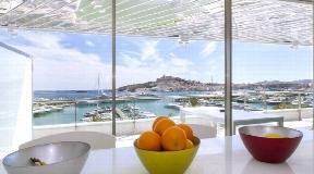 Luxe appartement te koop in Marina Botafoch Ibiza