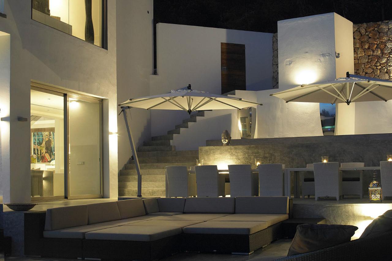 Zeer luxe villa in Can Furnet met een prachtig uitzicht