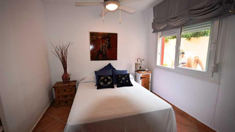 Vrijstaand huis met 3 slaapkamers met toegang tot het strand