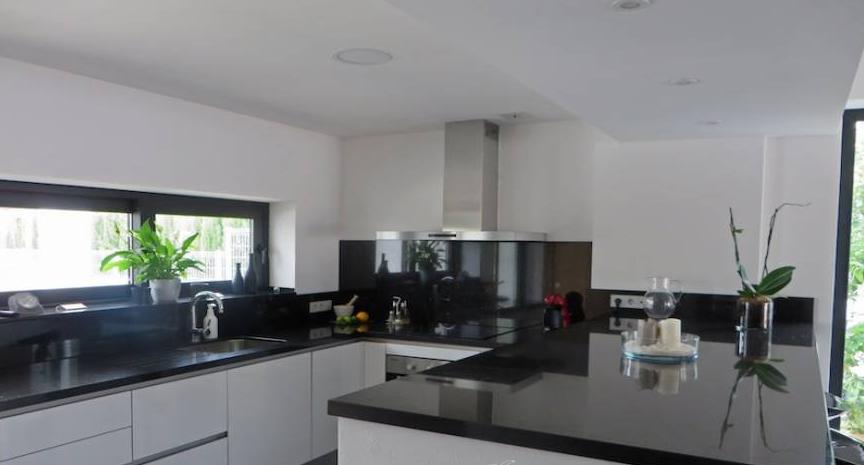 Modern huis in Cala Longa te koop