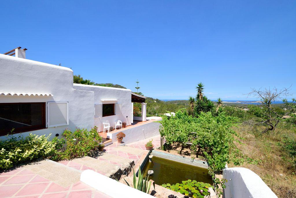 Charmante en prachtige villa is gelegen in een rustige omgeving