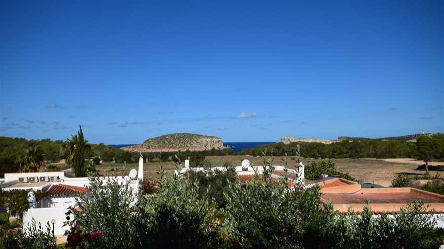 Rijtjeshuis met mooi uitzicht op zee
