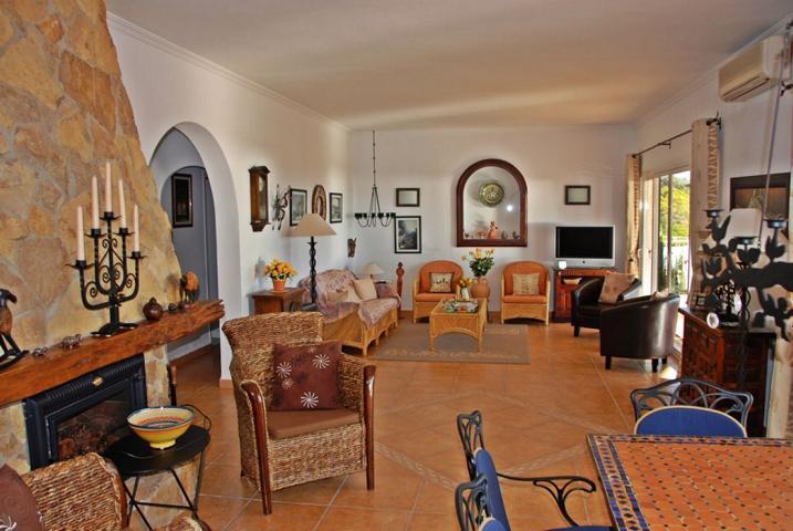 Villa met unieke en vrij uitzicht op de Cap Negret - Ibiza