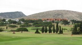 Urban plot voor 16 villa's een 360m2 in Roca Llisa