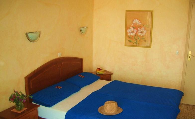 Nieuw gerenoveerd hostel met 24 kamers met een lange traditie