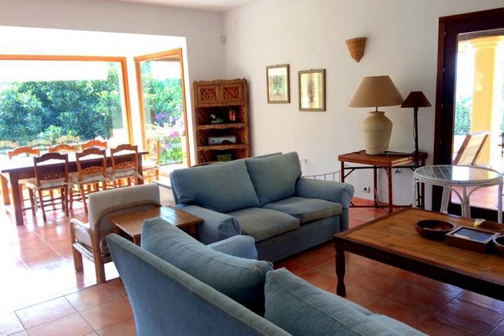 Charmante 6 slaapkamers villa in de buurt van San Antonio en San Rafael