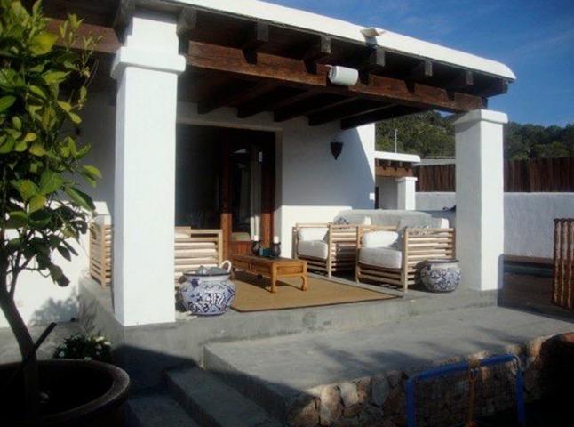 Charmante Finca in moderne stijl in Cala Tarida
