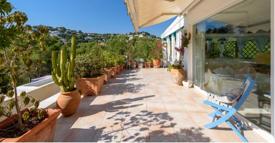 Mooi appartement in Can Furnet met mooi uitzicht