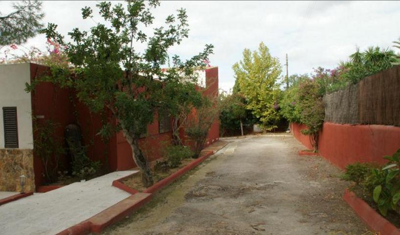 Mooi huis in het gebied van Jezus met 2.400 m2 grond en 340 m2 gebouwd.