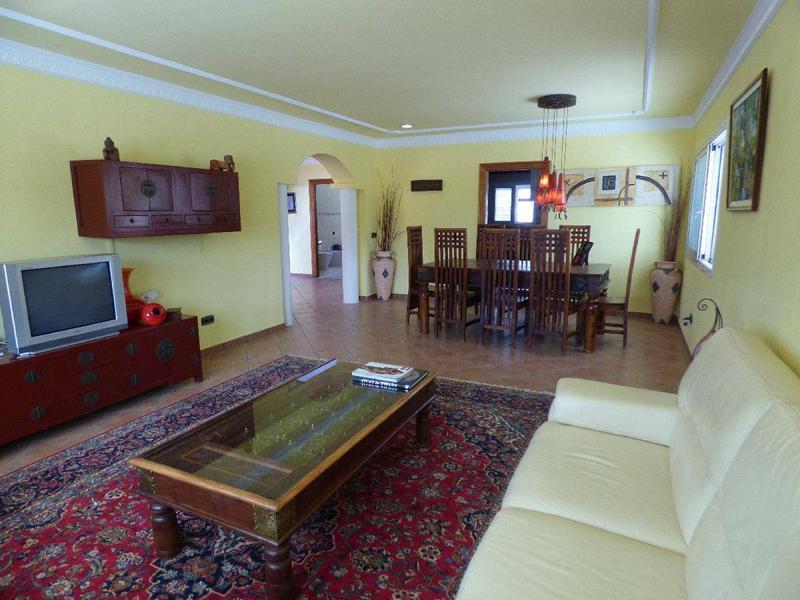 Huis met groot terrein te koop in San Jose