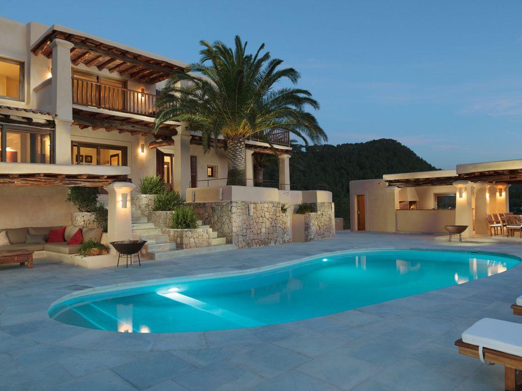 Wunderschönes Anwesen mit 270º Blick aufs Meer und Sonnenuntergang
