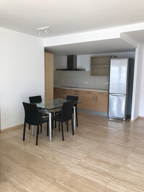 Modern appartement dichtbij de Paseo Marítimo